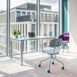 Photo d'ambiance du Bureau individuel Design OQI Q de MDD en coloris Blanc.