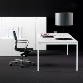 Bureau de Direction Design Bianco Nero de FANTONI en coloris blanc.