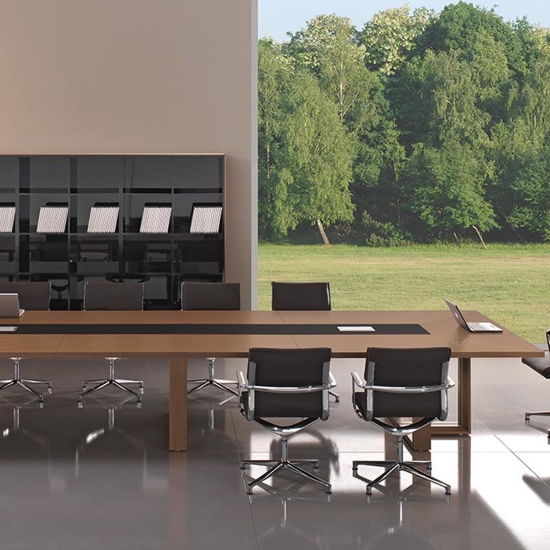 Table de Réunion Design Arche Tre de BRALCO.