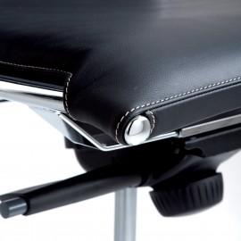 Fauteuil de direction Design et Ergonomique Taylord en cuir noir.