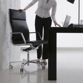Fauteuil de bureau Design et Ergonomique Nulite Pro en cuir noir